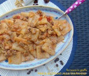 Pasta e tonno alla trapanese con muddica atturrata   la cuoca in giallo
