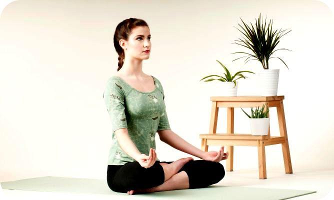 8 PAUTAS PARA UNA BUENA MEDITACIÓN EN CASA  http://unrespiro.es/detaille-blog/pautas-meditar  Os recomendamos hoy unas pautas que os pueden ayudar a establecer una práctica continuada de meditación.  NAMASTE  www.unrespiro.es Técnicas de desarrollo y evolución personal on line (yoga, meditación, relajación, pranayama, tai chi, pilates, PNL, mindfulness, Coach y mucho más)