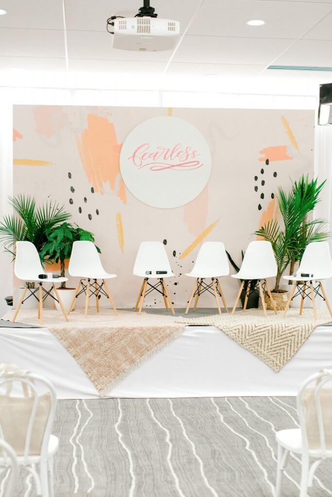 Bring Functionality To Your Women S Conference With Stylish Event
