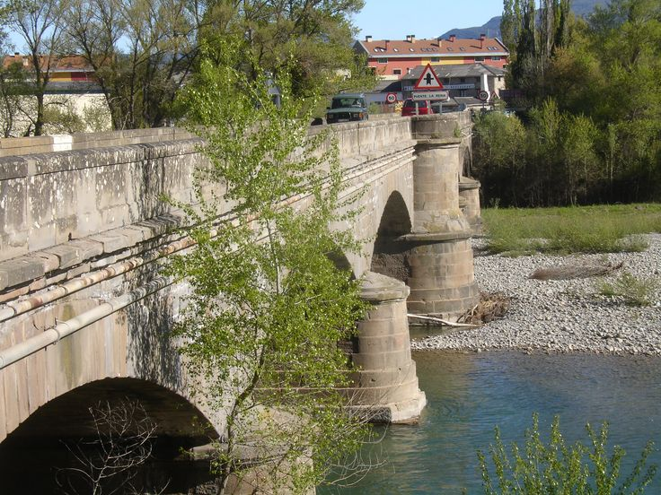 Puente la Reina de Jaca, Huesca, Camino Aragonés