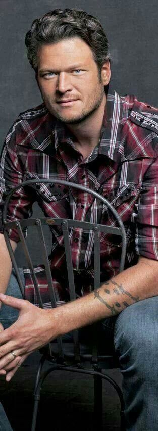 Gwen Sebastian Calls Blake Shelton Affair Rumors Stupid