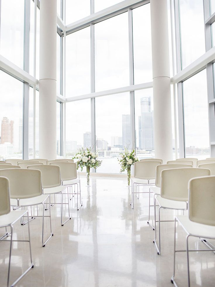 A Stunning Art Gallery Wedding In Windsor, Ontario