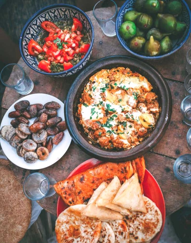 Morocco Is A Pretty Incredible Country To Explore Now I Know I Say That To Lots Of Places But I Truly Mean It It S Morocco Food Moroccan Food Morrocan Food