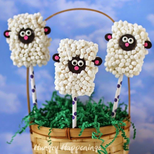 Rice Krispie Treat Lamb Pops | http://HungryHappenings.com