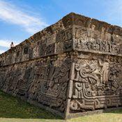 Palacio de Cortés, Cuernavaca | VisitMexico. Hogar de la serpiente emplumada.