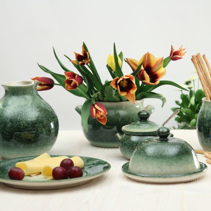 Robert Jehn-Olszewski (PL) - #ceramist #potter #turner #decorativeobjects #custommadeobjects #decorative #uniquepieces #tableware #vases #jars #pots #bowls #clay #ceramic #terracotta #crafts #decoration #interiordesign