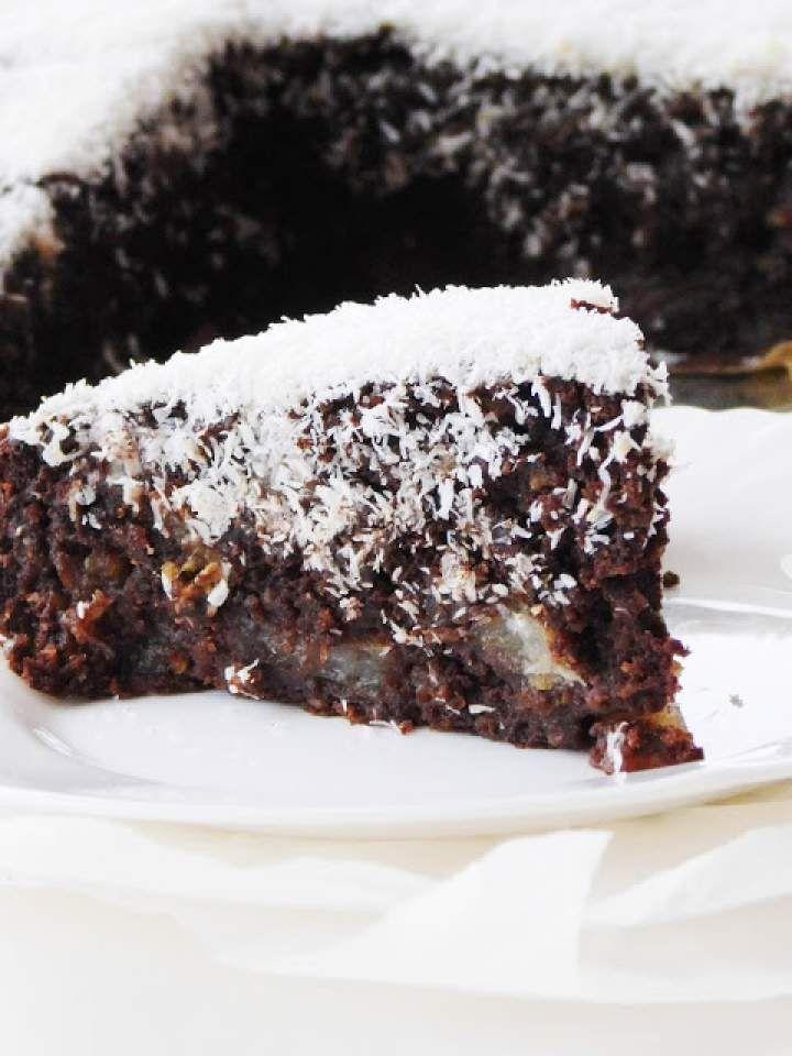 Kawowe ciasto z gruszkami i polewą kokosową