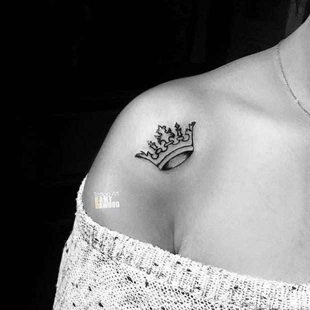 11 Weitere kreative Crown Tattoo-Ideen für Frauen