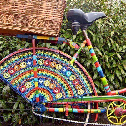 crochet bike! What an amazing piece of art…