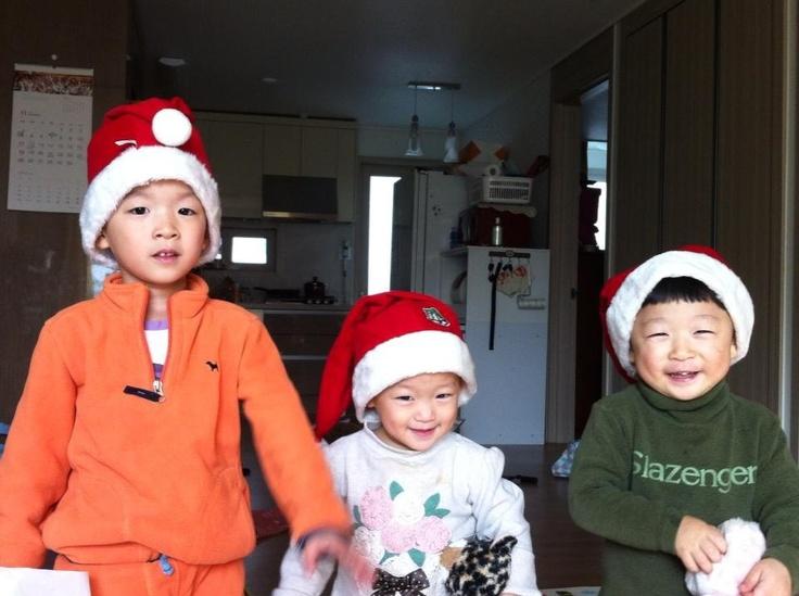 우리집 산타 요정들.