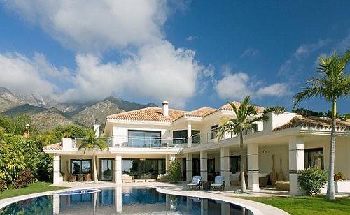 Villa for Sale in Marbella   R1977680