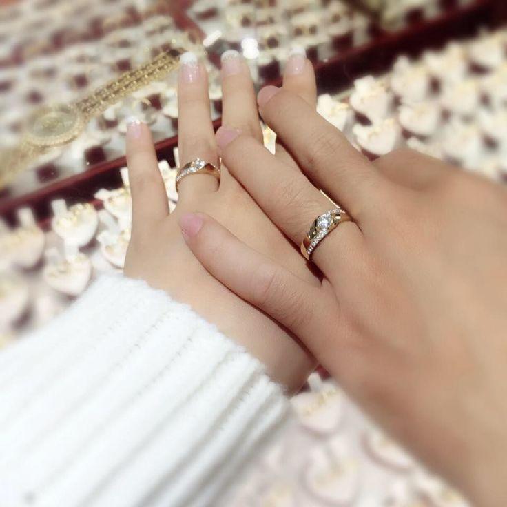 http://www.tsu.co/TRANVANHAO Người châu Á, chúng tôi gọi nó là một bàn tay mảnh mai (bàn tay đẹp)
