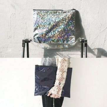 [Twinkle Pouch] A bling-bling pouch featuring a zipper closure. Trendy style pouch for special days and parties.