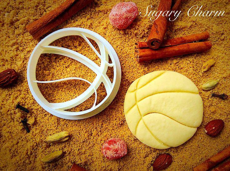 Basketball cookie cutter