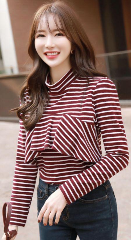 StyleOnme_Stripe Ruffle Mock Neck T-shirt #stripe #dailylook #tee #falltrend #koreanfashion #kstyle #kfashion #seoul