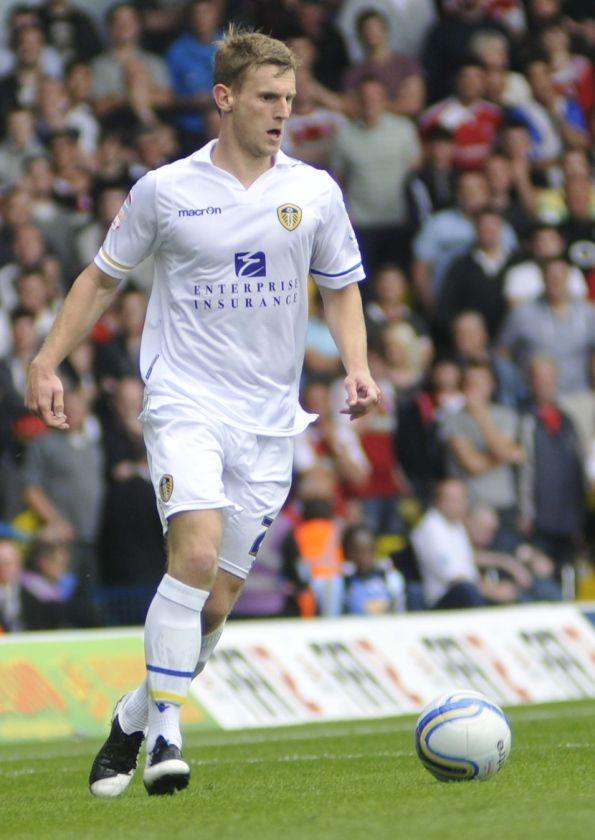 Tom Lees Leeds United FC