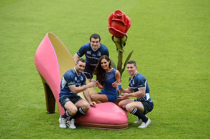 Pictured is model Sinead Noonan and Leinster players, from left, Dave Kearney, Shane Jennings and John Cooney at the launch of Leinster Rugby's seventh annual Leinster Loves Ladies evening. Female supporters in attendance will be treated to a night of live music, goodie bags, mojitos and flowers that will be handed out by Leinster's Academy cupids.