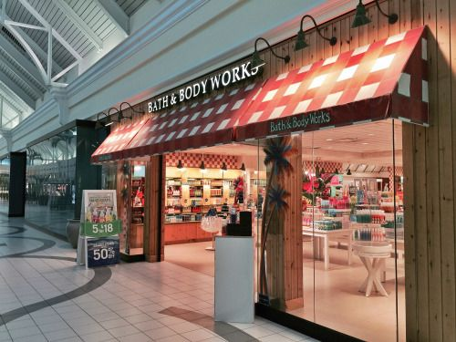 Pic Of The Bath Body Works That Time Forgot West Oaks Mall Winter Garden Fl Taken 06 02 15