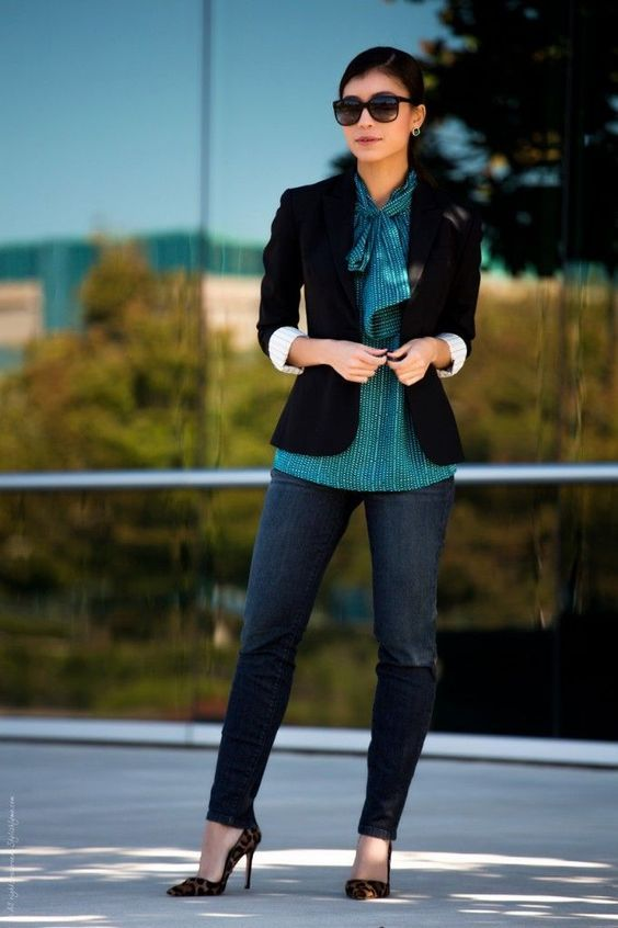 fefe3f4338f0 18 Cute Casual Friday Outfits For Women – What to Wear on Friday ...