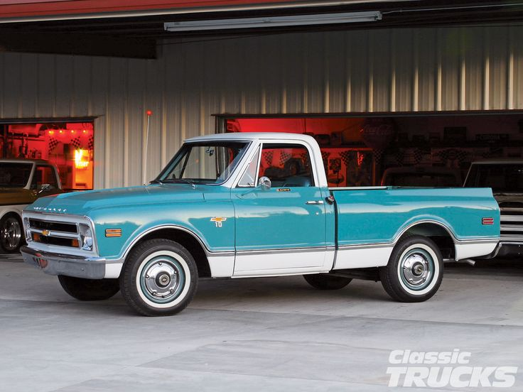 1968 Chevy C10 - Just a Great Color! I just might have to restore my 1964 Chev pickup!