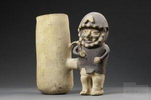 Botellas con diseños escultóricos e incisos | Cupisnique : Archivo Digital de Arte Peruano
