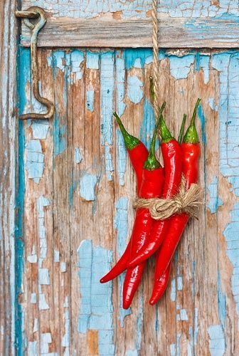 Cuelga tus chiles - Hang your chiles up!