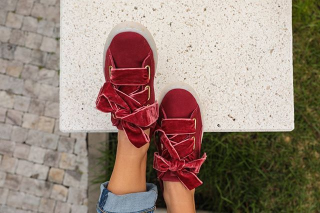 separation shoes 058d1 e6c96 Pin on Styles we love