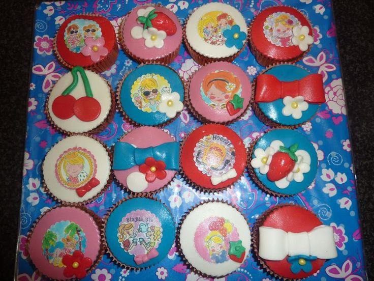 138 best taart decoratie beringe images on pinterest for Decoratie cupcakes