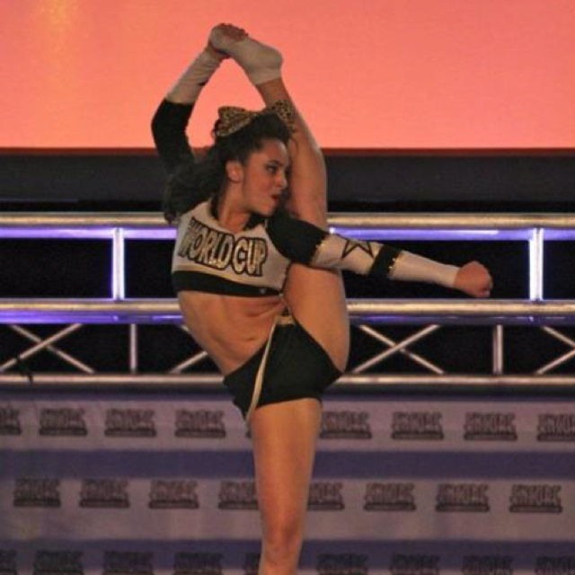 World Cup Shooting Stars, bow and arrow, cheer, stunt ...
