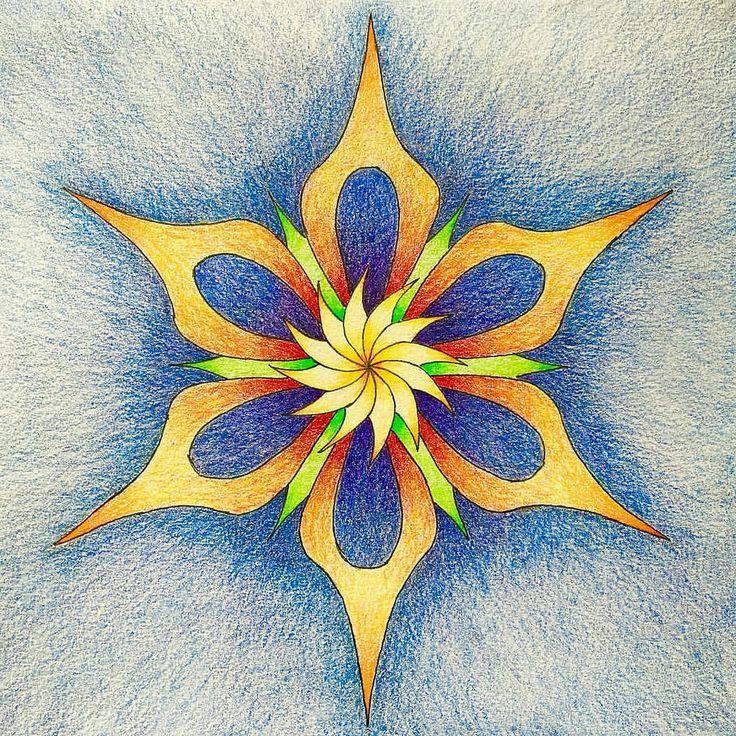 #zen #zenart #mandala #mandalaart #pencils #pencilart #art #pencildrawing #coloredpencil #fabercastell #polychromos