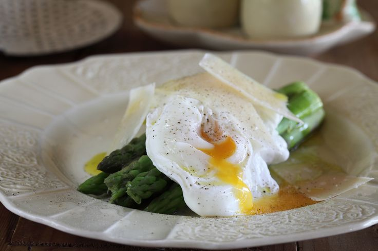 Asparagus with Soft Boiled Eggs and Parmesan - Maggie Beer
