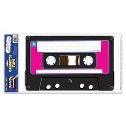 Sticker Cassettebandje jumbo -  Een grote eighties sticker van een cassettebandje. Afmeting: 60 x 30cm. Leuke feestdecoratie voor een jaren 80 feest!