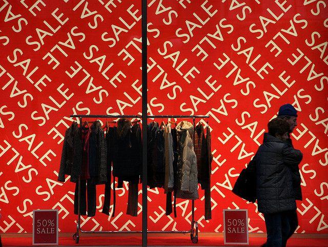 red, sale, pinned by Ton van der Veer