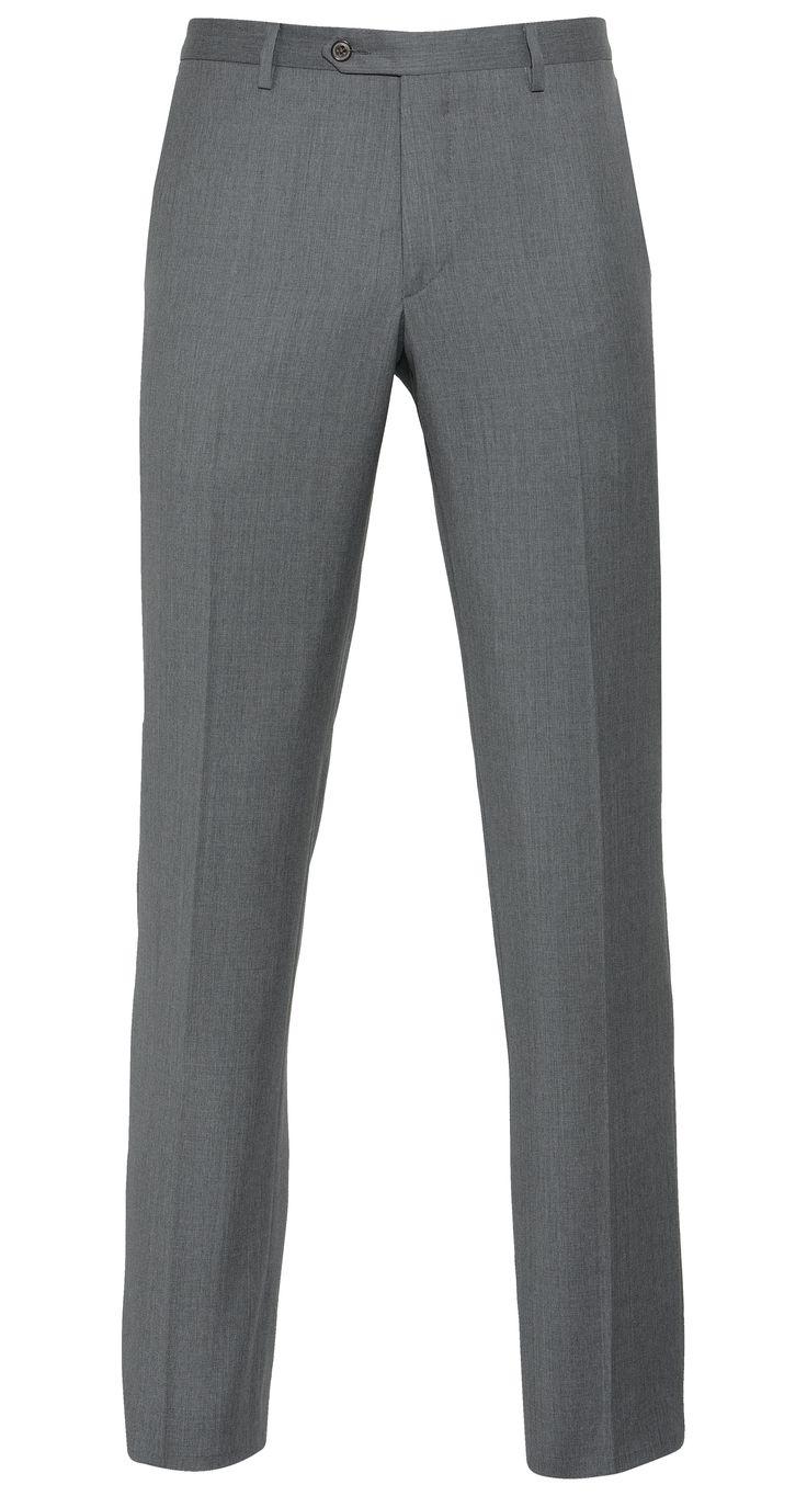 BUCK PANTS Een tailored fit pantalon is de smaakmaker voor zowel de casual als de moderne man. Combineer deze klassieke donkerblauwe herenbroek speels met een elegant geruite blazer of draag de pantalon met een stoer gebreid vest voor een meer relaxte look.  www.vangils.eu
