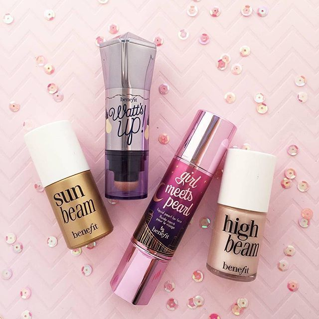 Get your glow on, gorgeous! Which highlighter keeps your strobe game on point, Benebabes? #benefit #makeup