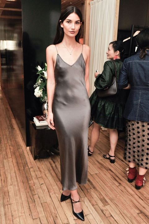 How to perfectly style a cocktail dress for your next holiday party: