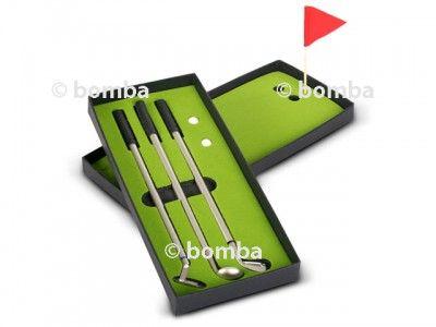Perá golfové palice s ihriskom sú originálnym a perfektným darčekom pre všetkých milovníkov golfu. V balení sú 3 perá.