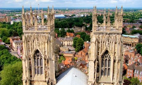 2017 UK to: York: 1 or 2 Nights for Two with Breakfast, Late Check-Out at Option for Prosecco or Wine at 4* The Limes UK 2017 Deal:  for just: £85.00