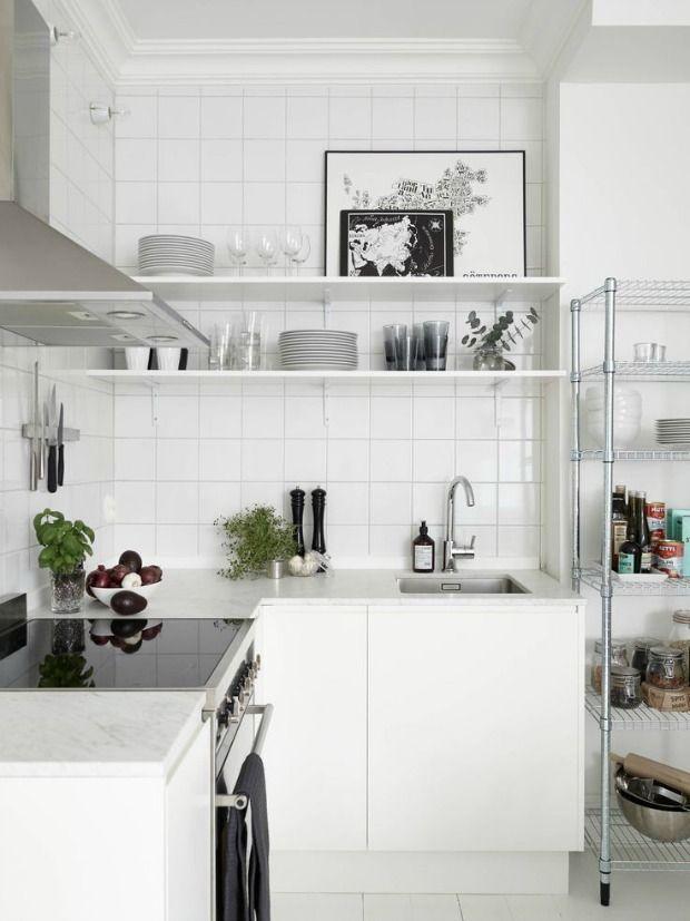 Kleine Keuken Inrichting : over Kleine Keukens op Pinterest – Keukens, Kasten en Keuken Ontwerpen