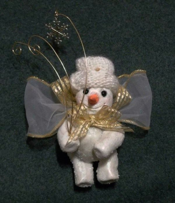Deb Wood offered another free ornament class on A for Artistic this past December. This is my version of Angel Snowboy