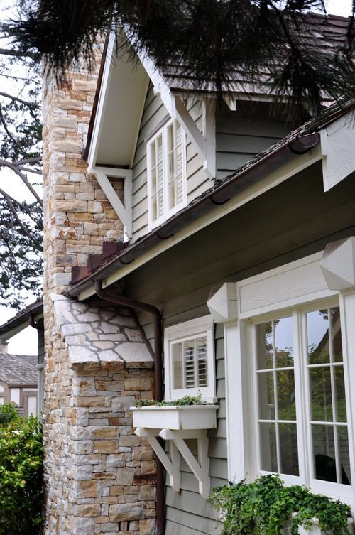 423 best house exterior images on pinterest for Exterior house brackets