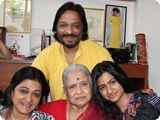 Family Photo of Famous Versatile Singer Roop Kumar Rathod..