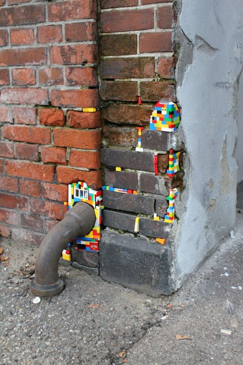 Dispatchwork is a fun movement initiated a few years ago by Jan Vormann, a 27-year old German artist who started patching old walls with Lego bricks during a contemporary art festival in Bocchignano, Italy. It has now become an ongoing project applied during all his travels, which is also spreading worldwidewith his help through volunteers. Here is a quick look at some of his works, and much more can be seen on the official website.