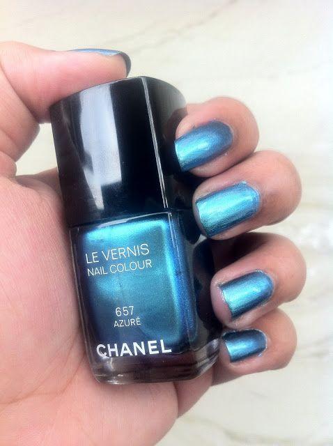 Chanel Azure Le Vernis Nail Colour