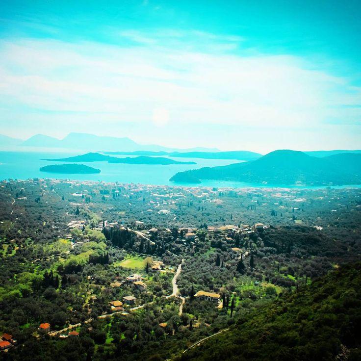 Lefkada ❤ like a drawing picture. . #greece #greek_islands #travel #discover #greekislands #lefkada #beauty #life_greece #landscape #panorama #nature_greece #travel_greece #islandlife #mountain #view #wonderful #peaceful #seaside
