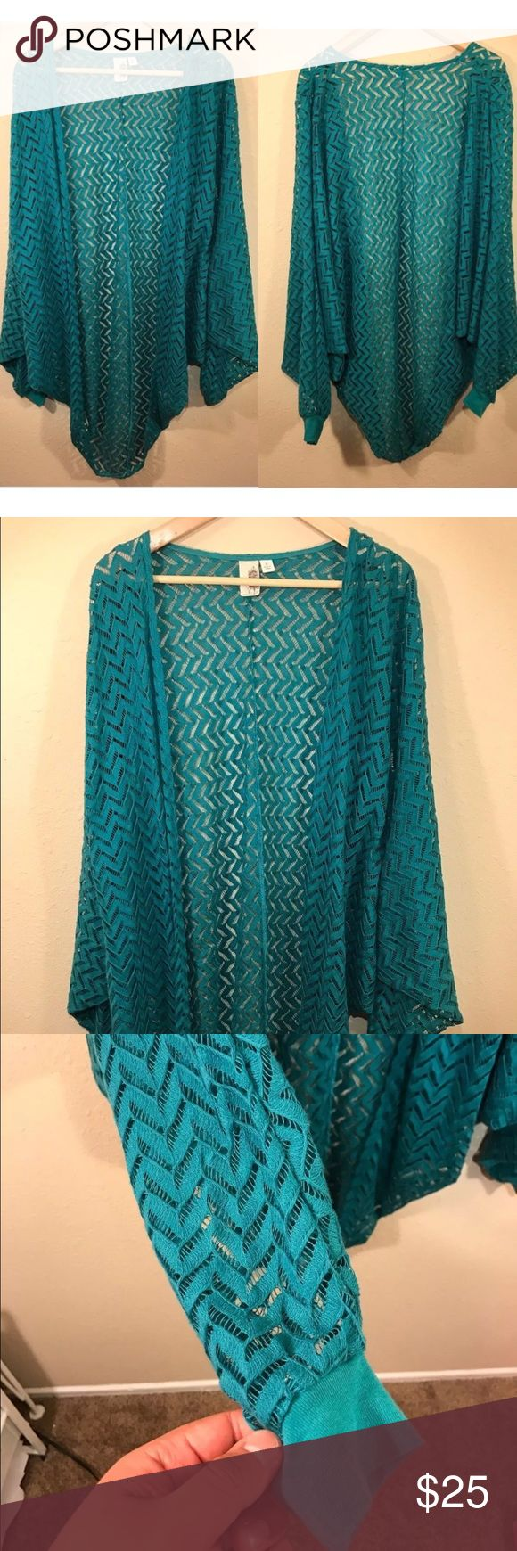 Francesca's layering teal cardigan Great condition Francesca's Collections Sweaters