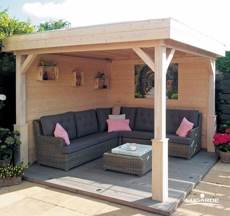 Eine Gartenlaube wird zur Outdoor-Lounge und schützt trotzdem vor Regen. Doch S