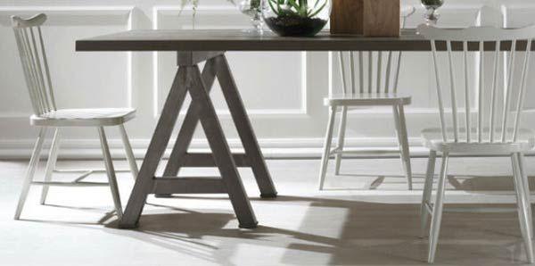 Modà – Sedia Sve. Sedie con struttura in legno massello dalle linee semplici e dalla finitura in colori chiari sono l'ideale per completare la sala da pranzo della casa al mare #shabbychic. #homedecor