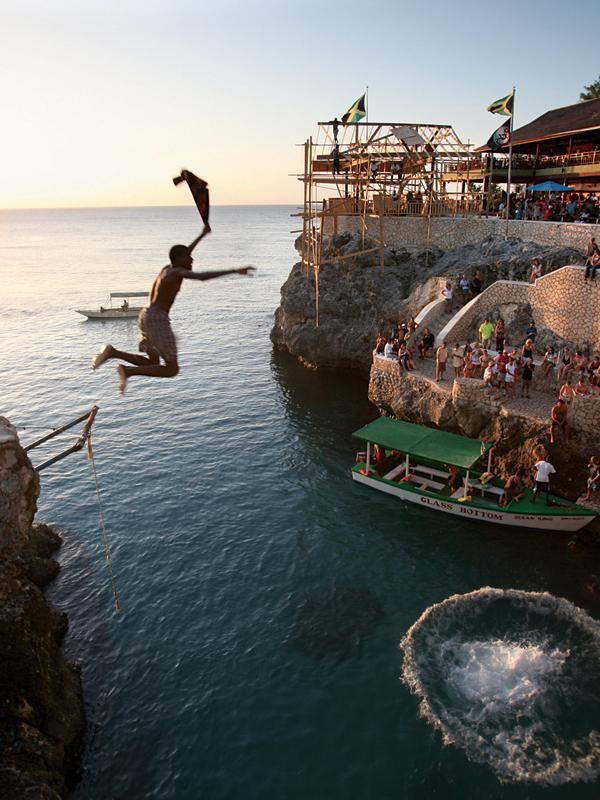 Jamaica Top 10 Must-Do List: Rick's Cafe Negril, Jamaica cliff diving best