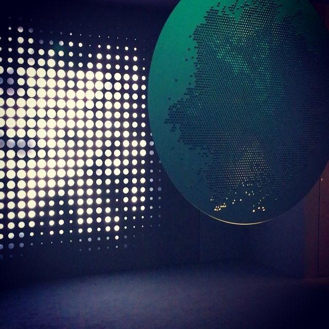 Via lagitatrice_de_deco on instagram VIEDO : Installation onirique chez @artemide_lighting pour la Design week : in the mood for moon... #artemide #lighting #luminaire #milanodesignweek #milano #milan #trends #decoration #design #video #fuorisalone #instaday #indoor #moon